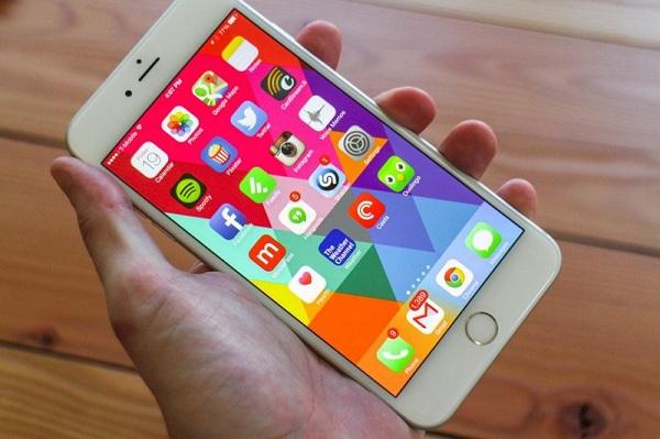 Ngỡ ngàng màn hình iPhone 6 bị đơ vì lý do vớ vẩn