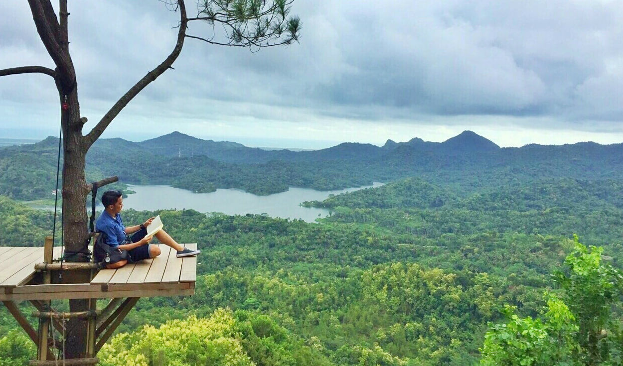 Lautan bunga dan Sungai Amazon di Jogja: 60 Tempat wisata di Jogja yang keren abis (banyak yang baru juga lho!)
