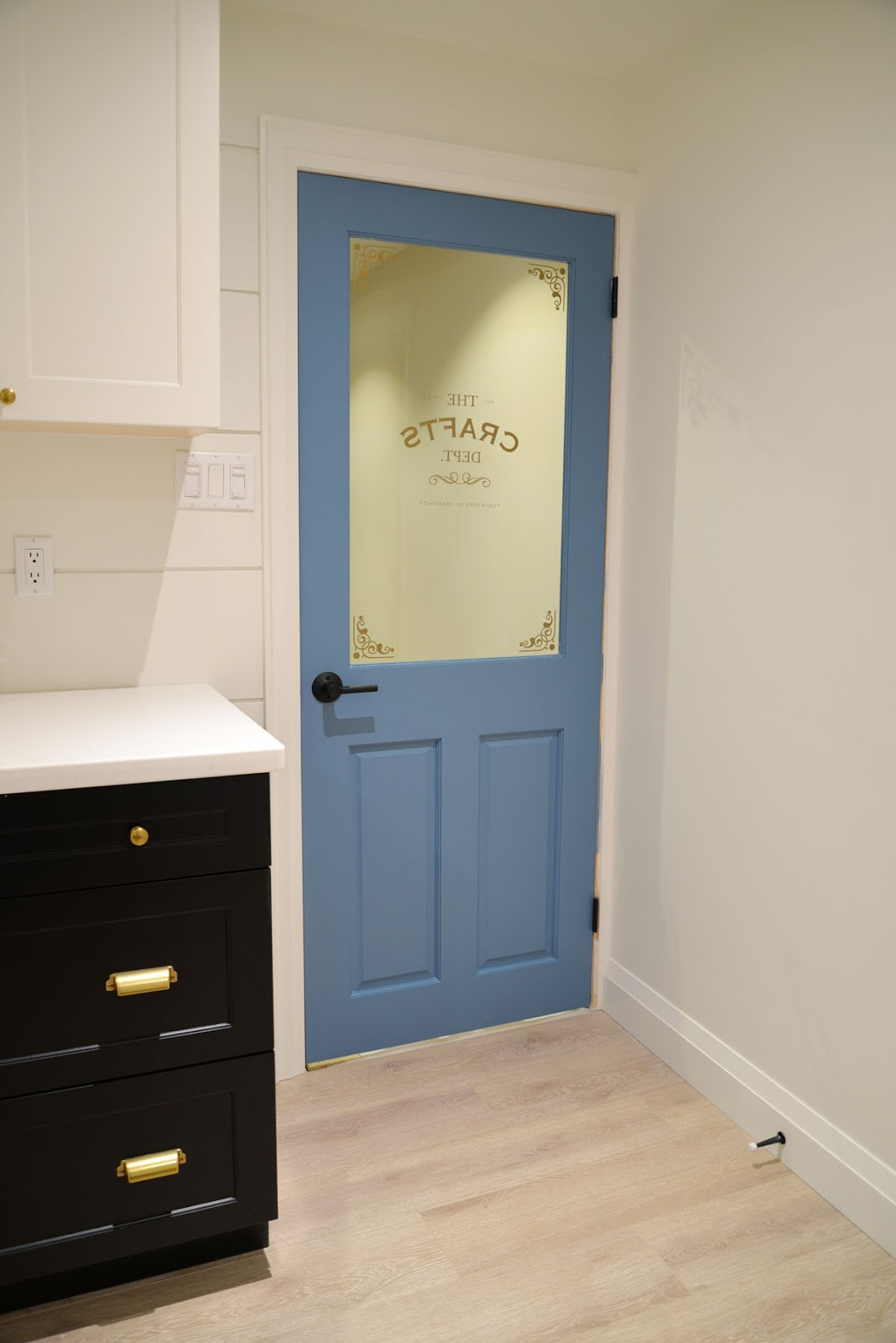 craft room door | behr blue moon bay | schlage broadway lever | metrie true craft door
