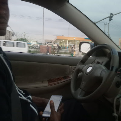 """""""Lekki Girls Use Their Bodies To Pay For Rides"""" - Uber Driver Says"""