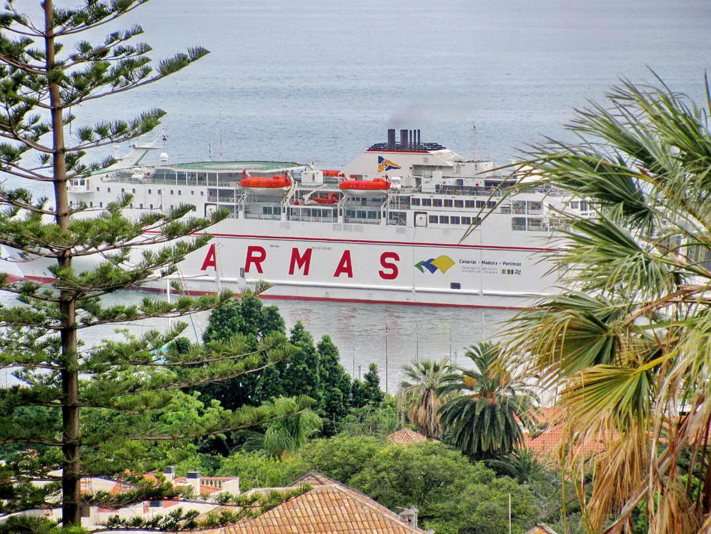 Armas unites Madeira, Canarias and Algarve
