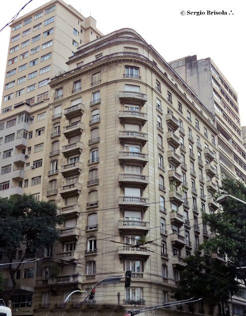 Vista ampla do Edifício São Luiz - Republica - São Paulo