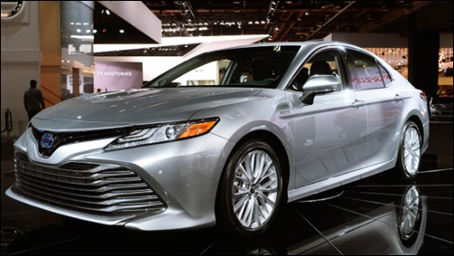 2018 camry hybrid release date