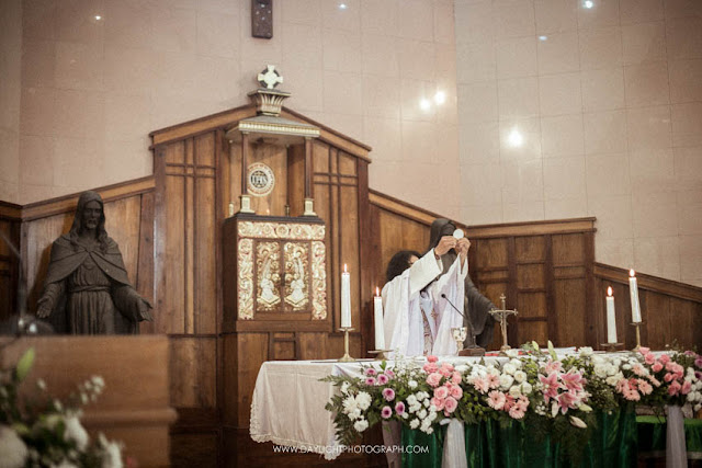foto sakramen ekaristi dalam perkawinan katholik