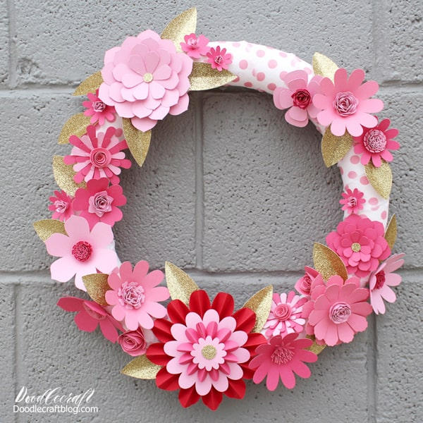 How to make a flower wreath for Valentine's day with the Cricut.