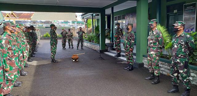 Inilah Pesan Letkol Kav. Adi Priatna Saat Menyambut Personel Kodim 1415 Selayar Usai Tugas Di Papua