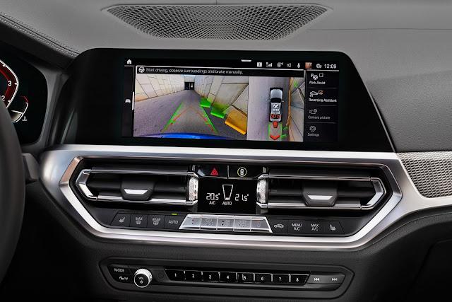 Novo BMW 320i 2020 - interior
