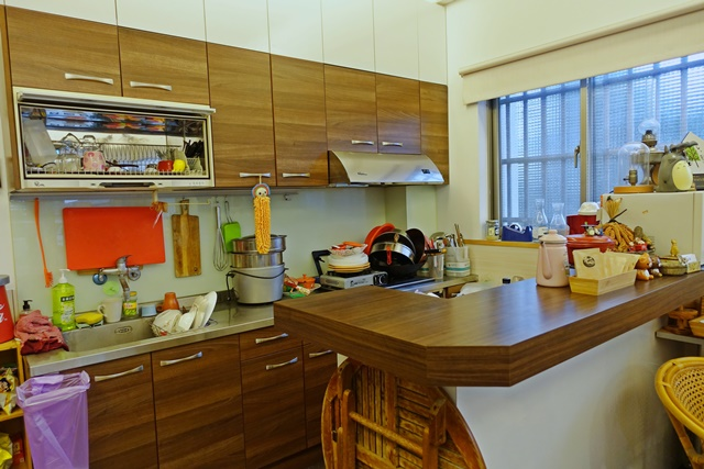 太陽民宿廚房