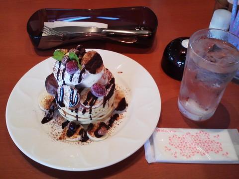 バースデーパンケーキ¥0-2 デニーズ岐阜鏡島店