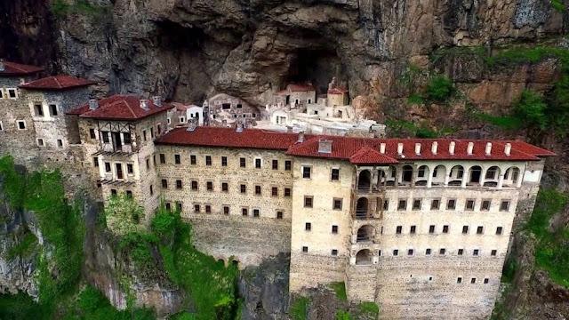 Μνημείο της UNESCO θα γίνει σε λίγα χρόνια η Παναγία Σουμελά στον Πόντο