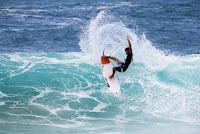 19 Seth Moniz 2017 Volcom Pipe Pro foto WSL Tony Heff