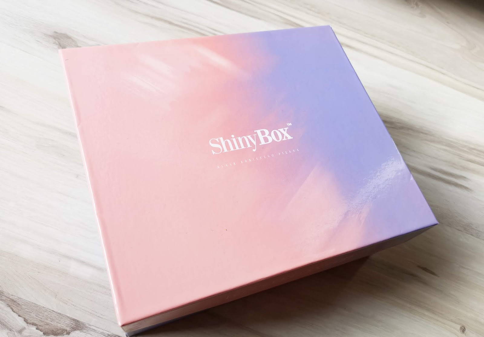 PAŹDZIERNIKOWE THINK PINK Z SHINY BOX