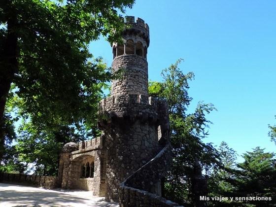 La torre de Regaleira, Quinta da Regaleira, Sintra, Portugal