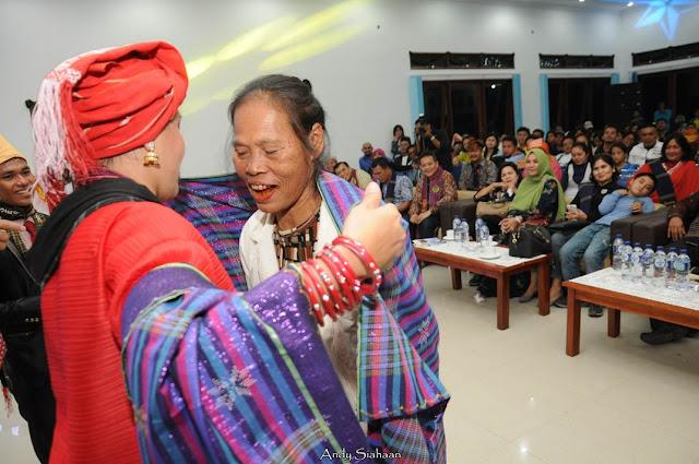 kain tradisional simalungun