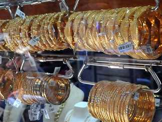 إستقرار في أسعار الذهب لليوم الثالث على التوالي.