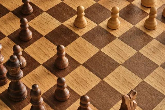 aprende ingles juego ajedrez tablero fichas chess