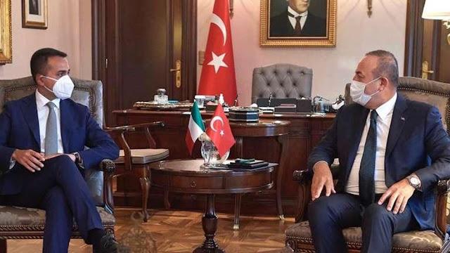 """Ο Τσαβούσογλου τώρα λέει ότι θέλει """"συνεργασία με την Ελλάδα στην Αν. Μεσόγειο"""""""