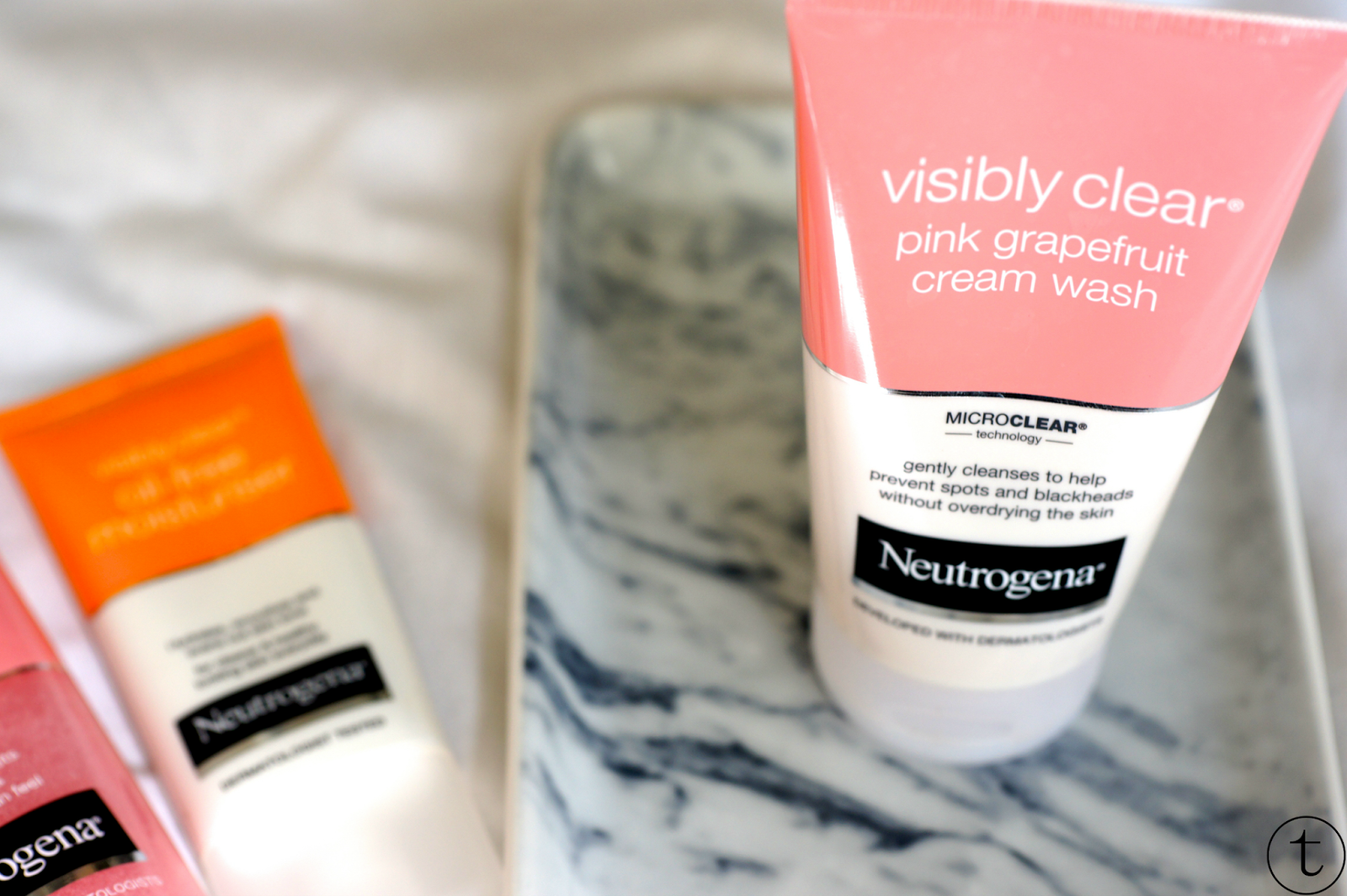neutrogena visibly clear cream wash skin care products