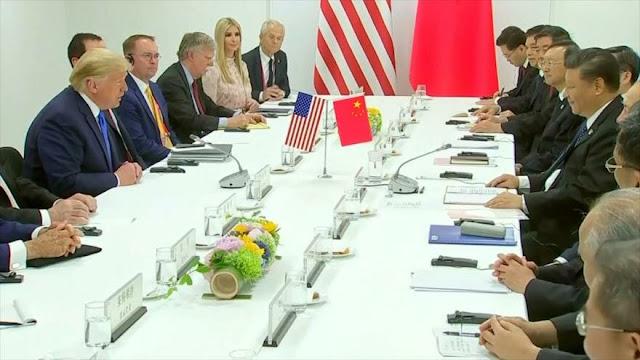 Trump anuncia arancel de 10 % a $300 000 millones de bienes chinos
