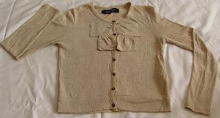 Bluza ZARA cu nasturi si un detaliu foarte frumos - o fundita