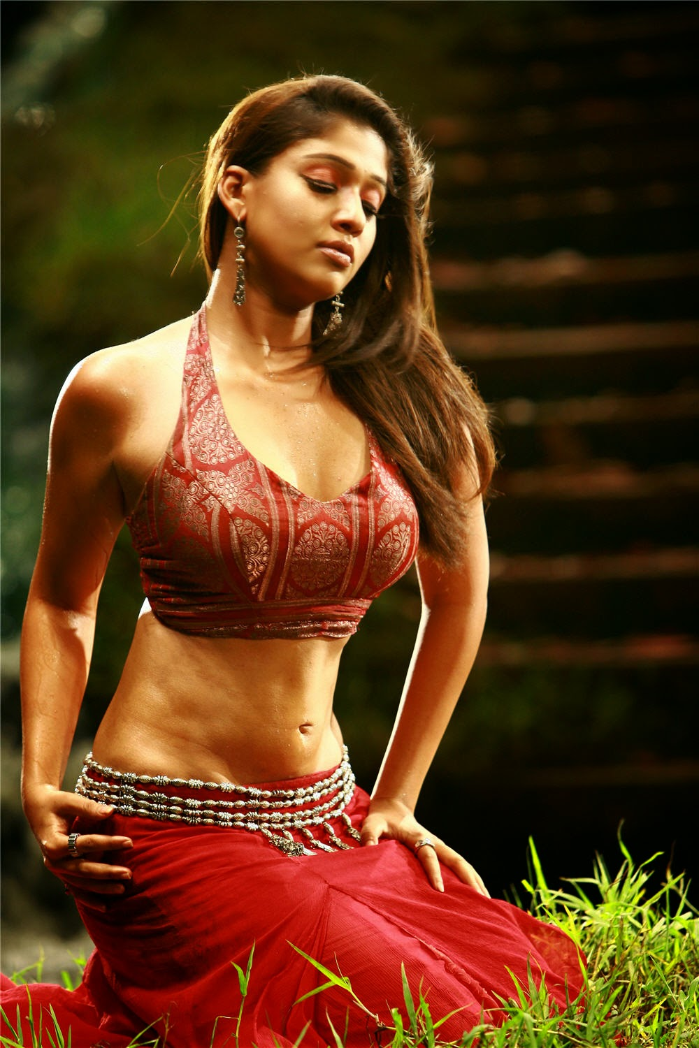 Nayanthara Sexy Photos And Videos