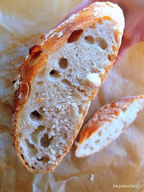 Włoski chleb z garnka bez zagniatania przepis