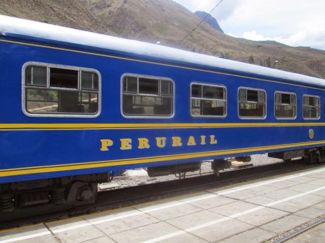 Tren hacia el pueblo del Macchu Pichu