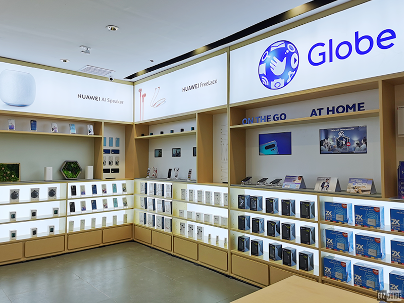 Smart accessories and Globe-related items