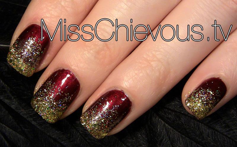 Julia Graf Sparkly Glitter Christmas Nails