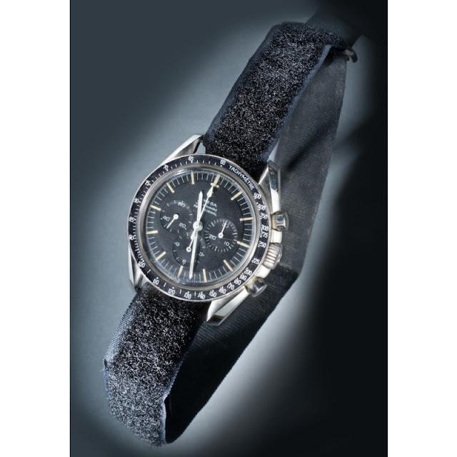 Omega_reloj_espacio