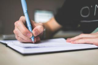 cara membuat catatan keuangan mudah di buku tulis