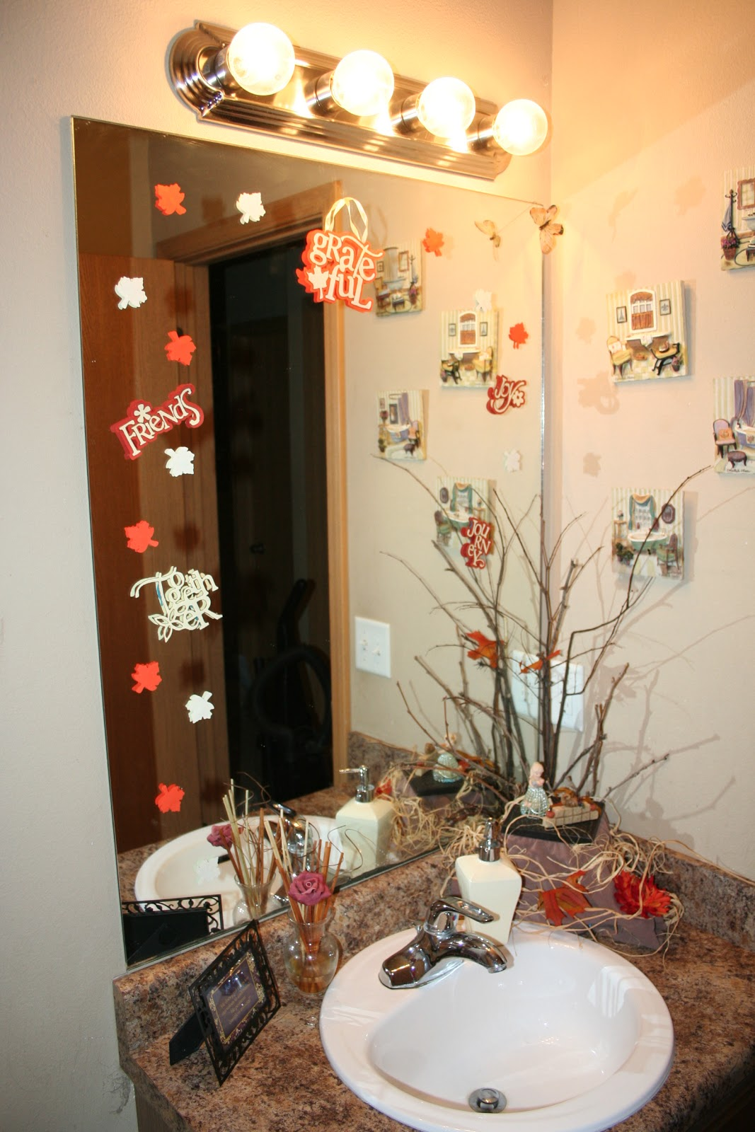 crafty zoo with monkeys: holiday bathroom vanity
