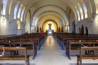 Paris : Eglise Notre-Dame des Otages, architecture Art déco et souvenir tragique de la Commune - XXème