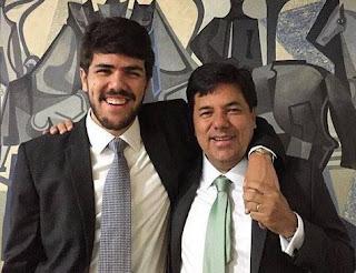 Filho do ex-ministro Mendonça fica ferido em capotamento na BR-232; duas pessoas morrem