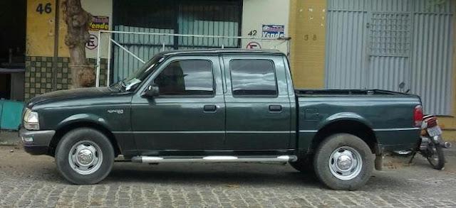 Comerciante  Patoense tem carro tomado de assalto