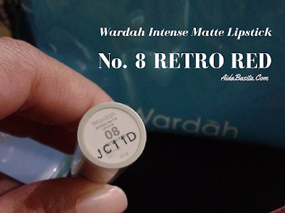 Review : Wardah Intense Matte Lipstick No. 8 Retro Red