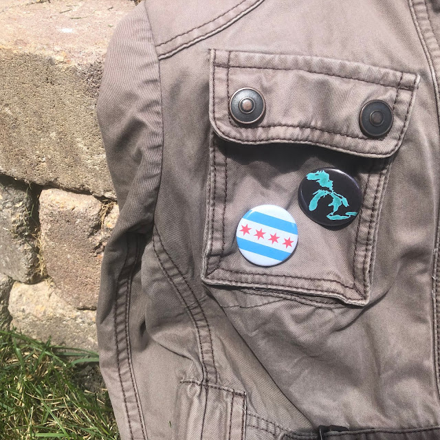 Transit Tees Chicago Round Pinback Buttons look adorable on fall jackets!