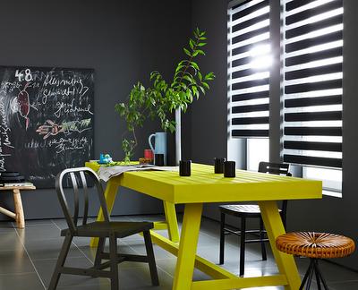mesa comedor amarilla