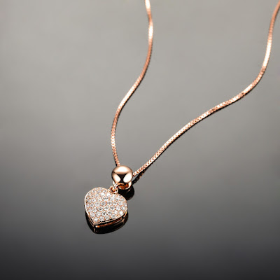 Heart shape pendant with a chain