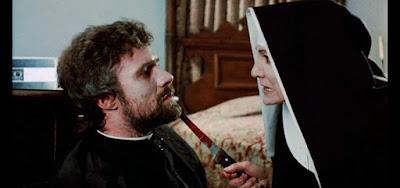 Franca Stoppi interpretou a macabra madre Vicenza no filme de terror italiano O Outro Inferno