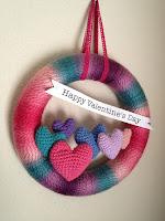 http://craftyiscool.blogspot.com/2012/01/free-pattern-friday-valentines-day-yarn.html