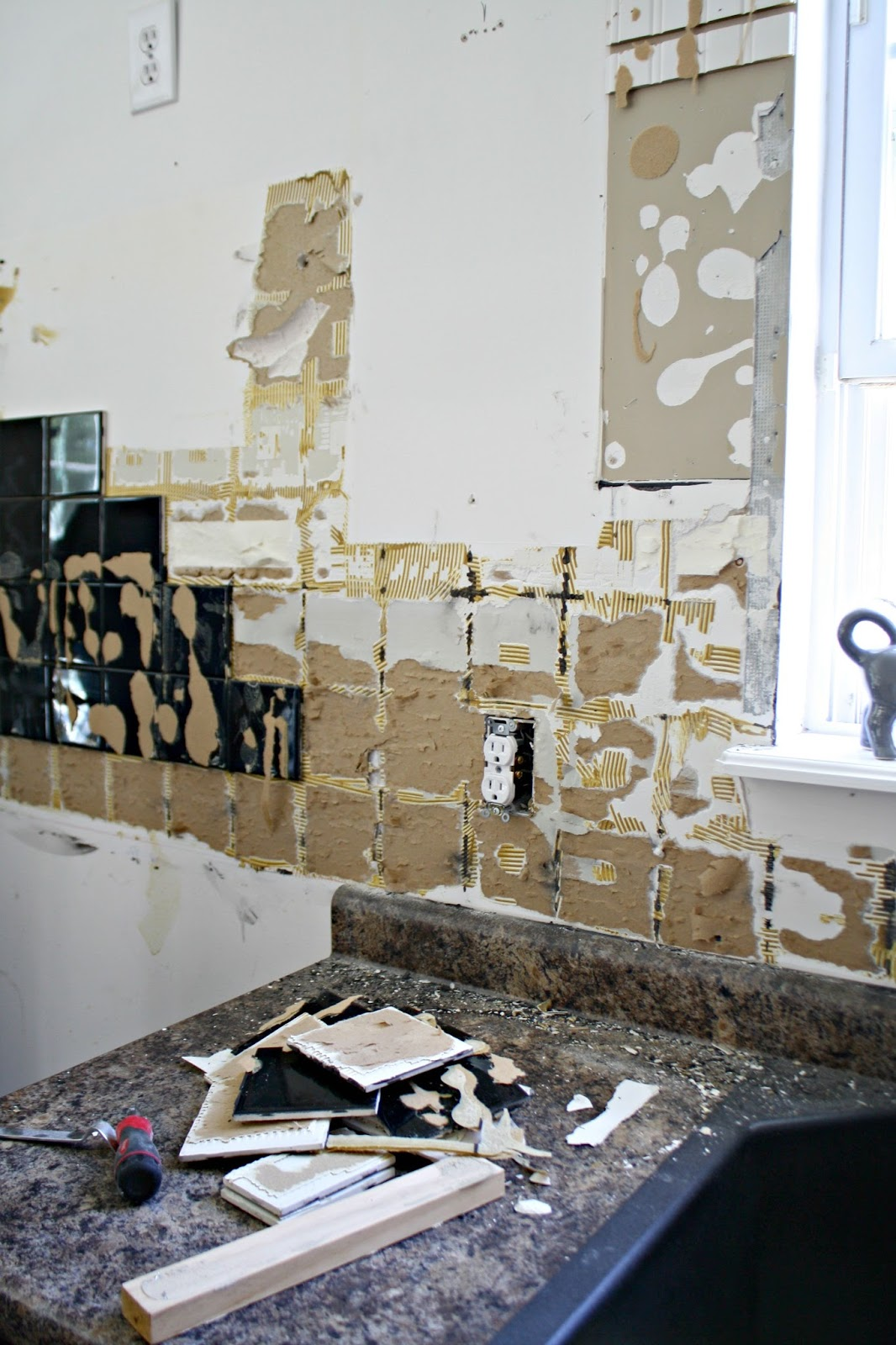 removing tile backsplash - Removing Tile Backsplash