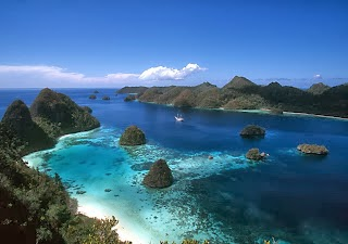 Raja Ampat Hidden Paradise In Papua Indonesia Tourism Touristnesia Find Nice Place In The World