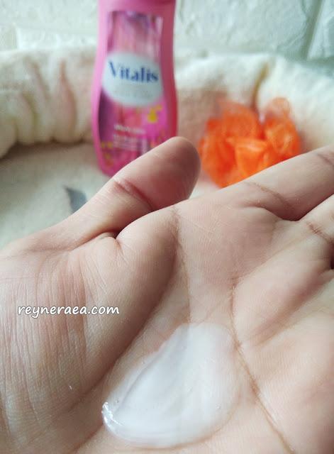 mandi parfum dengan vitalis body wash