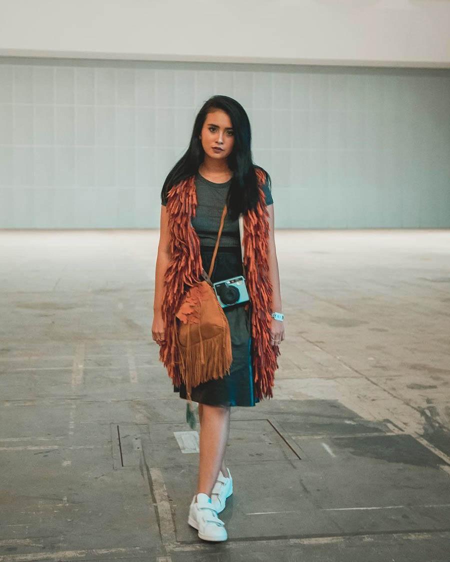 Ayushita Rok Midi Indonesia