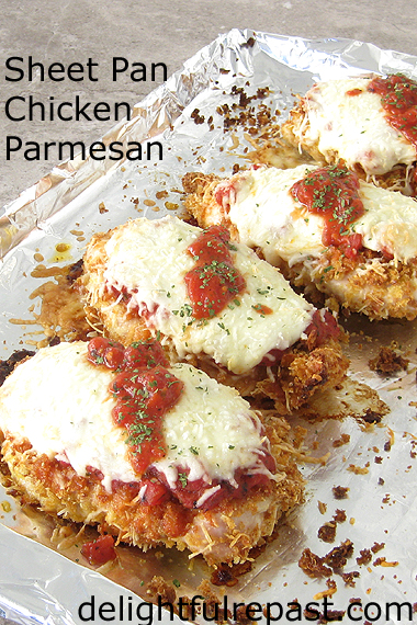 Sheet Pan Chicken Parmesan / www.delightfulrepast.com