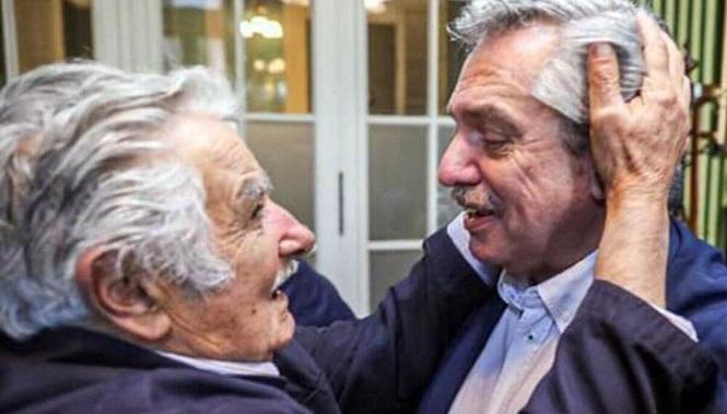 """""""Pepe"""" Mujica: """"Fernández es el hombre más adecuado para este momento dramático"""""""