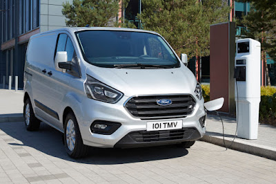 Ford Transit Custom PHEV (2019) Front Side