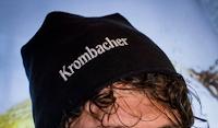 Logo Krombacher Pourfection 2018: se sei veloce vinci gratis uno dei 100 berretti brandizzati