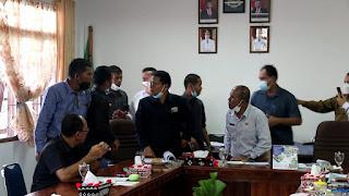 Rapat Banggar DPRD Humbahas Ricuh, Ketua Disiram Air dan Nyaris Adu Jotos